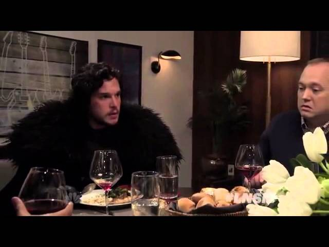 «Игра престолов»: Джон Сноу на ужине у Сэта Мейерса (с переводом)