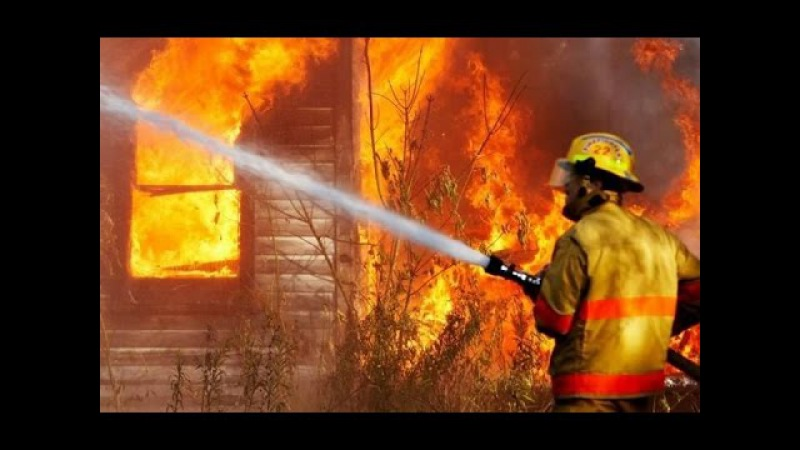 На Пилипа Орлика загорілась історична будівля