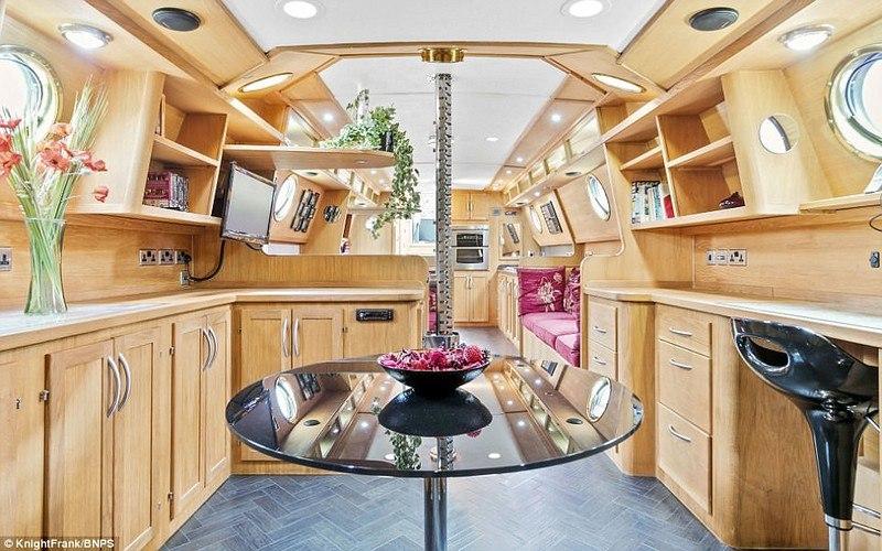 Bhoz9g vJdQ - Вальгалла – идеальная лодка для кругосветного путешествия