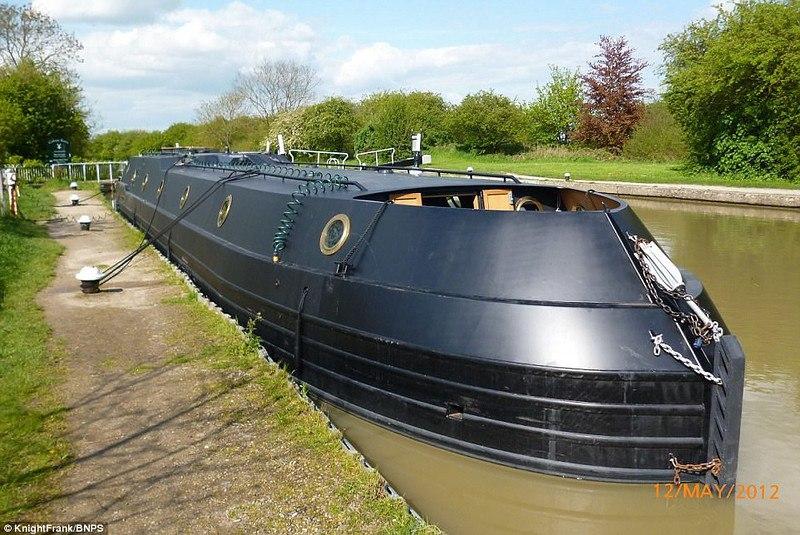 XUnVolOSMEE - Вальгалла – идеальная лодка для кругосветного путешествия