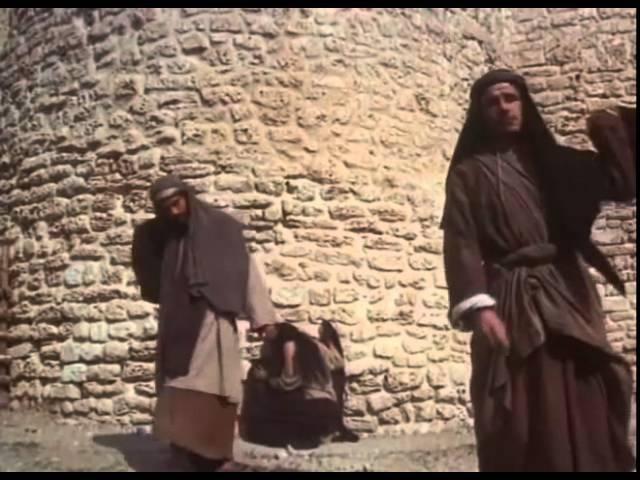 кто из вас без греха, первый брось в нее камень