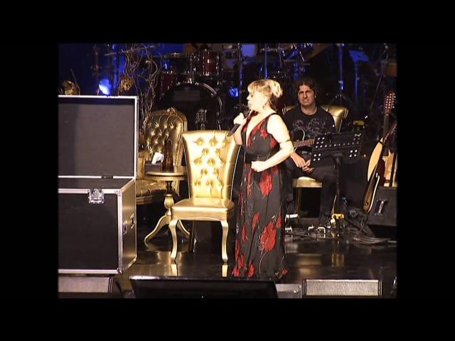 Madonna Yapar da Ben Yapamaz mıyım (18.07.2012 - Harbiye Cemil Topuzlu Açık Hava Tiyatr