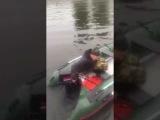 Первый выезд Лёхи на лодке! До слёз!