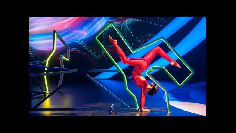 Шоу Удивительные люди Оксана Сытова Развитая мышечная память