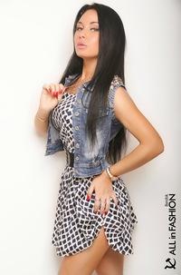 Brunette Snezhana