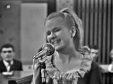 Мария Кодряну - Полюбила моряка. 1967 ( Музыка - Доминико Модуньо, русский текст - Леонида Дербенёва)