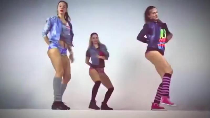Танец попой Тверк Beautiful Girls dancing Tverk