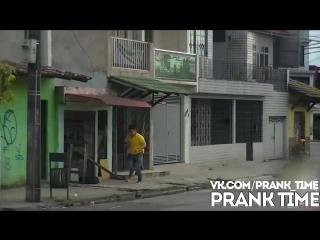 Беги ПРАНК l Run Prank - Corre