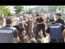 26 июня 2017 Николаев Новый патрульный Николаева наступил ногой на лицо человеку который в наручника