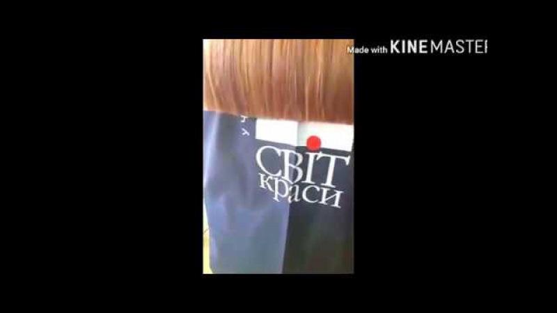 Практическое занятие в базовой группе парикмахерского искусства в Учебном Цент...