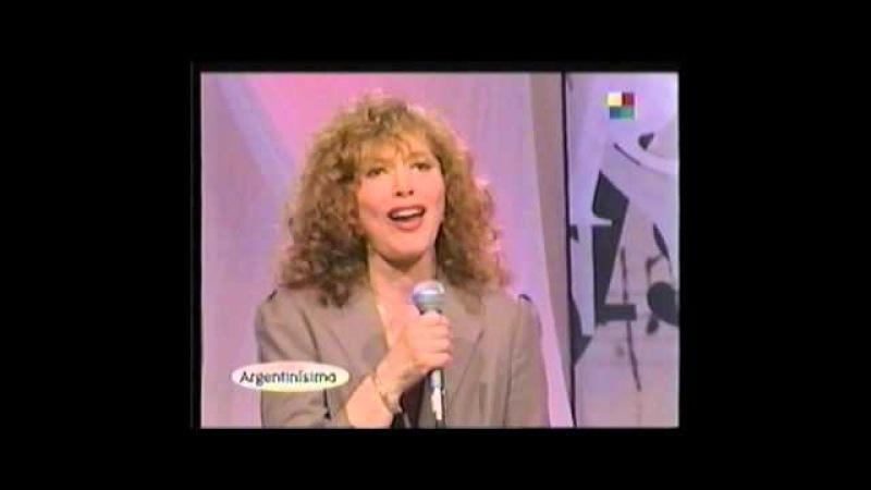 AVE MARIA interpretacion de GINA MARIA HIDALGO Y CACHO TIRAO alla por 1999