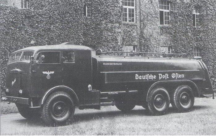 """Немецкий топливозаправщик на шасси бескапотного (!) грузовика """"Henschel 36 SV2""""."""