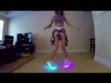Девчонки танцуют под разные стили музыки