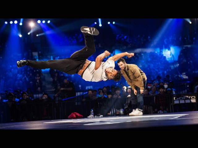 Bruce Almighty VS Neguin | Quarterfinals | Red Bull BC One World Final 2016