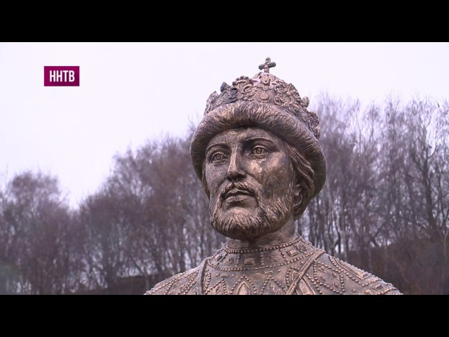 Аллею императоров Дома Романовых открыли в Вознесенском Печёрском мужском монастыре