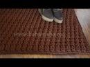 Прямоугольный коврик крючком, связанный рельефными столбиками