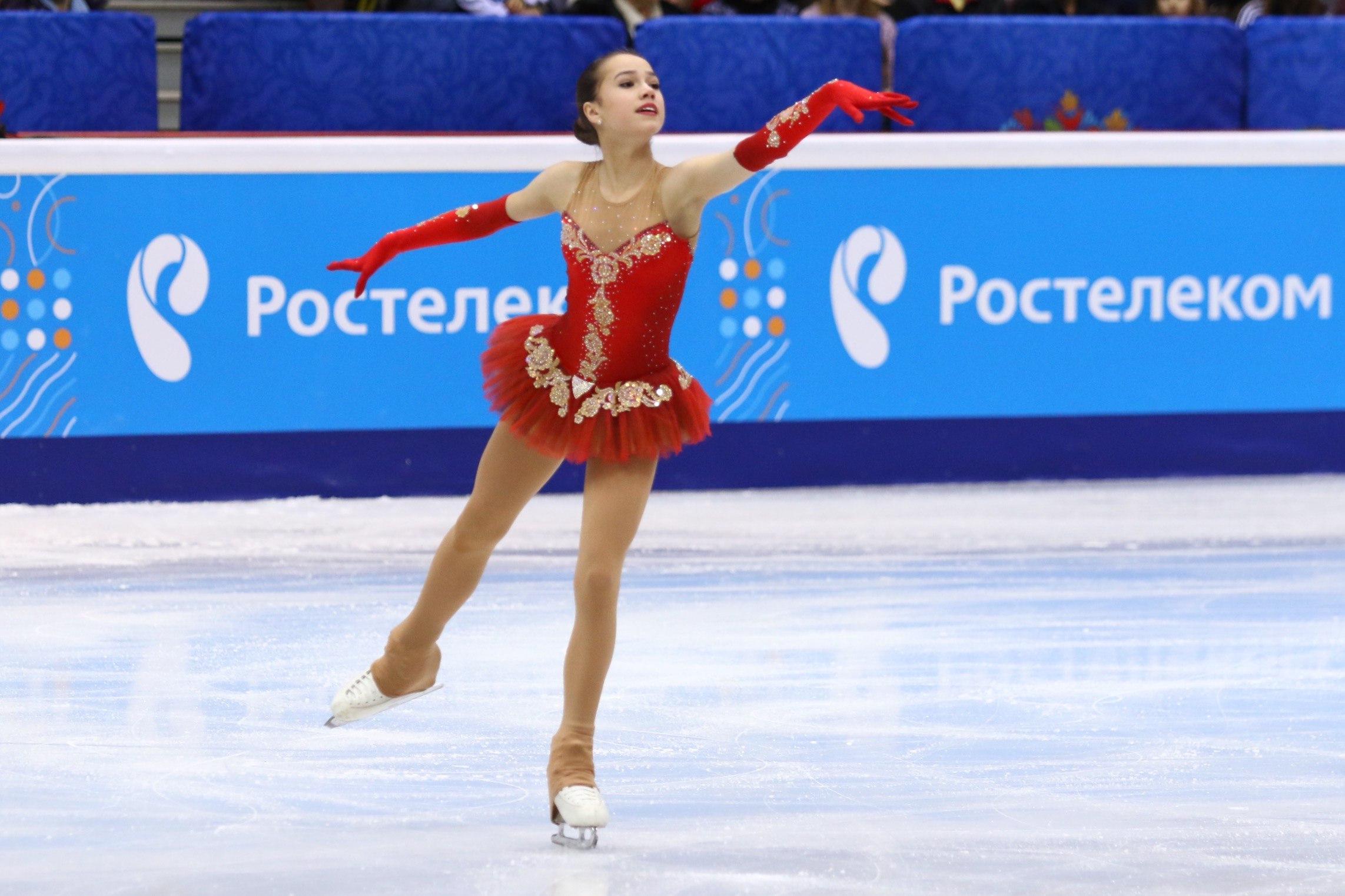 Алина Загитова - новая звезда фигурного катания (26.12.2016)