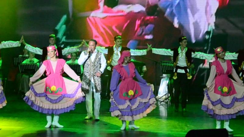 танец песня от татар Красноярцев на Федеральном Сабантуе в Гранд Холл Сибирь 19.07.2015г
