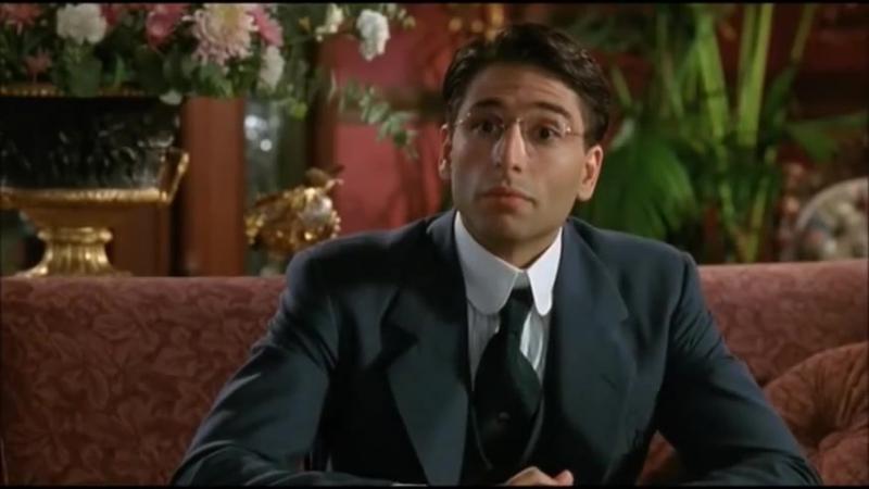 """С.Сталлоне решает лингвистическую проблему малословия в к⁄ф """"Оскар"""" (1991)[1]"""
