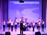 Детский духовой оркестр, руководитель - Владимир Кузнецов.