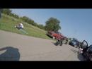 Любители езды на мотоцикле против деревенщины