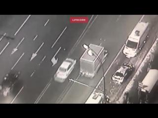 В результате наезда мерседеса в Москве пострадала семья с ребёнком