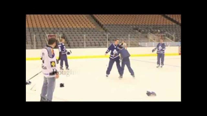 Justin Bieber playing Hockey w/ Toronto MapleLeafs