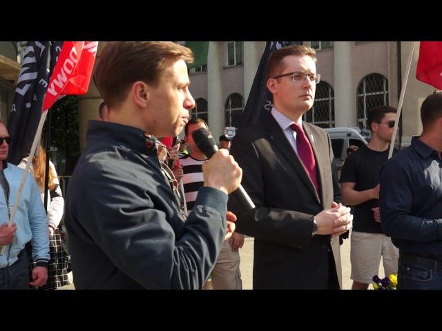 Bosak: NIE dla imigrantów, NIE dla Unii Europejskiej
