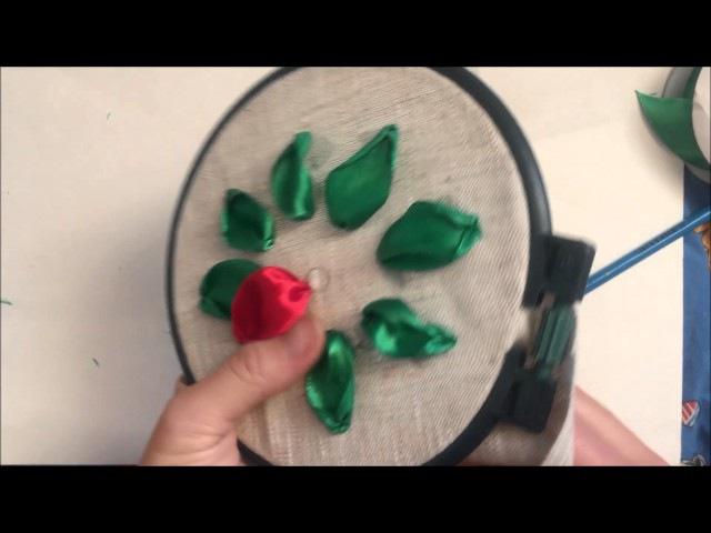 Цветок пуансетия (рождественская звезда) вышитый атласными лентами