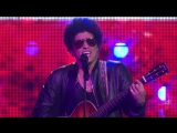 Bruno Mars вживую исполнил песню Just The Way You Are [ONE VOICE_ SOMOS LIVE! Performance]