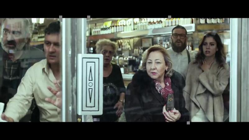 Mario Casas, Blanca Suárez y un reparto de lujo protagonizan ElBarLaPelícula, el nuevo film de Álex de la Iglesia. En cines 24