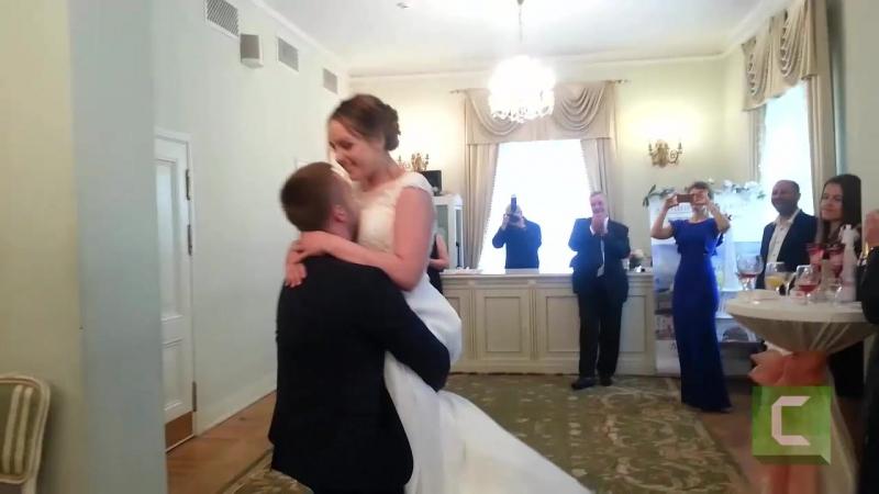 Свадьба. Танец, отца и дочери, первый танец мужа и жены.