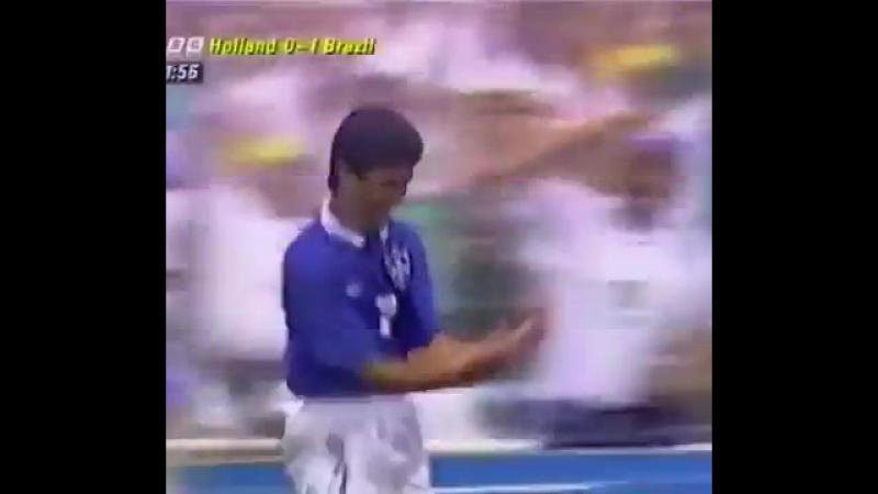 Бебето (Бразилия) - гол в ворота сборной Голландии. 1/4 финала чемпионат мира 1994