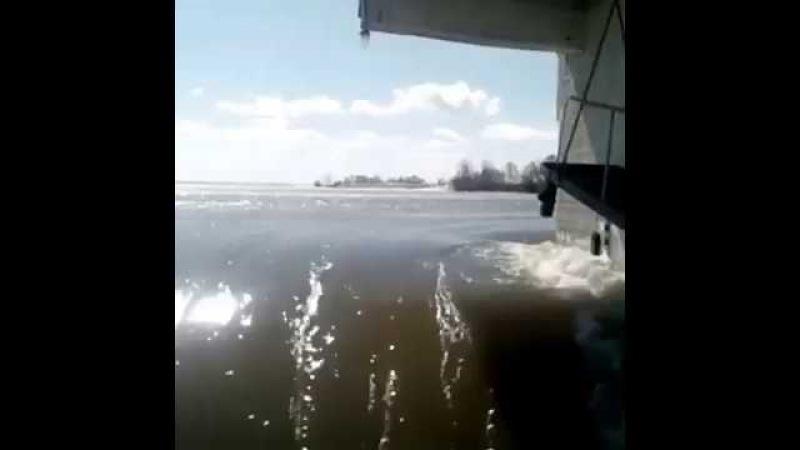Паводок, СКО. Сергеевское водохранилище, огромный перелив воды 16.04.2017 год