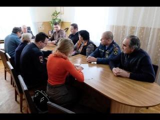 В Кочубеевском районе состоялось заседание комиссии по безопасности дорожного ...