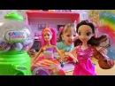 Барби превращает мини киндеры в настоящие Киндер сюрпризы. Барби с волшебными в ...