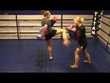 Women's Kickboxing (Muay Thai/Thai Boxing conditioning)