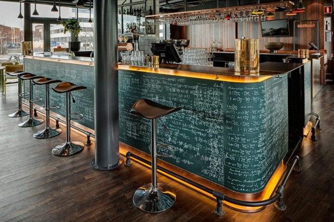 Специалисты из Doos Architects оформили отель Radisson Blu Riverside, включающий в себя 265 номеров.