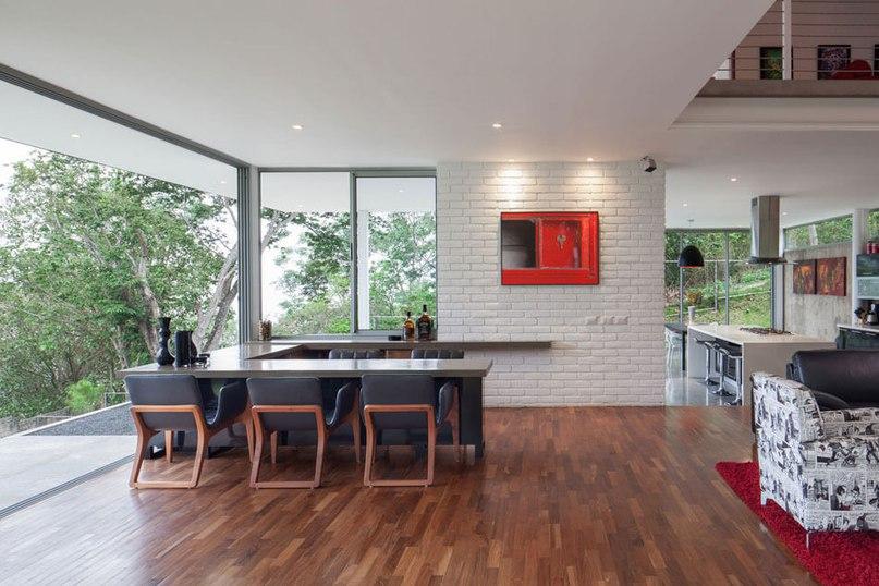 Contemporary House in El Salvador Sets the Bar High