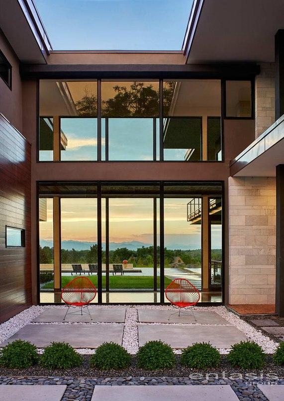 Дом Холли (Holly House) в США от Entasis Group.