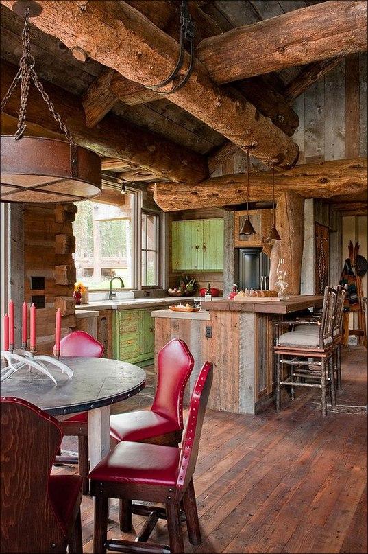 Если бы кто-то сказал, что невозможно найти хижину, которая могла бы сравниться по ностальгическому шарму, совершенной красоте и спокойной элегантности с домом Headwaters Camp Cabin в Монтане, с этим было бы трудно спорить.