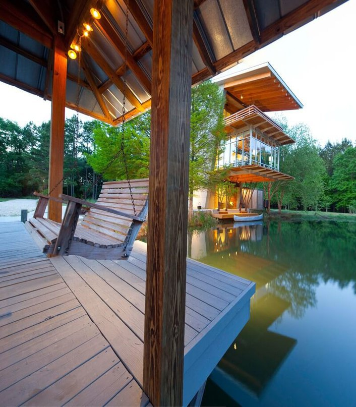Pond House at Ten Oaks Farm Anchored in Picturesque Surroundings (Part 1)