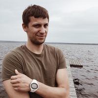 Антон Комаров