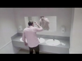 Нежданчик в туалете бара. Очень страшный пранк