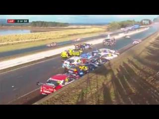 Meanwhile in the #V8 #Supercars..8.04.2017