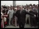 Ингушетия .Президент РИ-Мурат Зязиков танцует лезгинку в честь олимпийцов 2008 год.