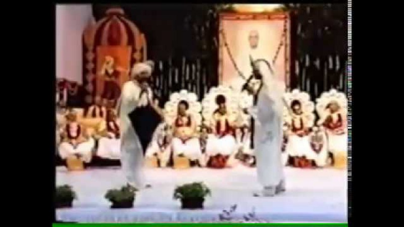 Dadis of Yagya introduction by Suraj bhai rare old video