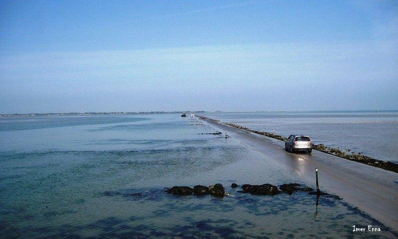 PkDv3rgSyUw - Passage du Gois - самая длинная подводная автомобильная дорога