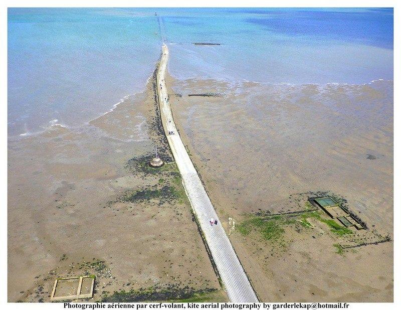 uHqS0Ffghhs - Passage du Gois - самая длинная подводная автомобильная дорога