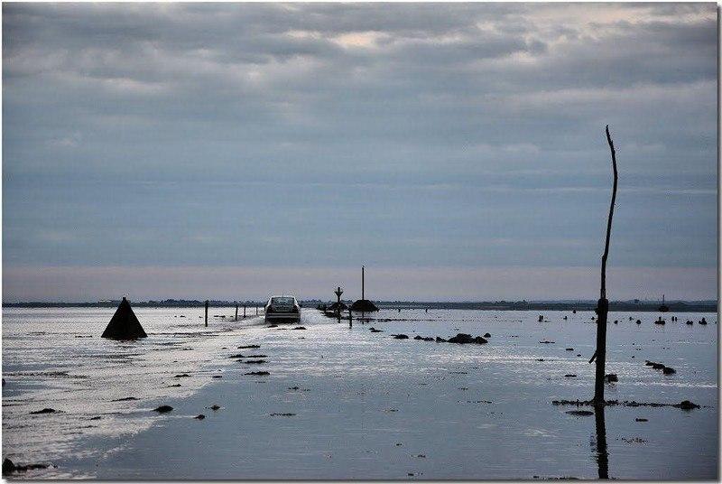 C3IgKlxWf10 - Passage du Gois - самая длинная подводная автомобильная дорога
